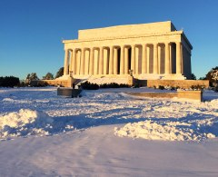 Lincoln Memorial surrounded by 2 ft. of snow!